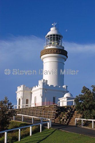 byron bay lighthouse picture;byron bay lighthouse;cape byron state conservation park;cape byron;cape byron lighthouse;australian lighthouse;byron bay;most easterly lighthouse;new south wales;steven david miller;natural wanders