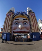 luna-park;milsons-point;sydney;sydney-tourist-attractions;steven-david-miller;natural-wanders