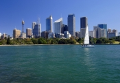 sydney;sydney-cbd;downtown-sydney;sydney-skyline;sydney-harbour;sydney-harbor;sailboat-on-sydney-harbour;steven-david-miller;natural-wanders