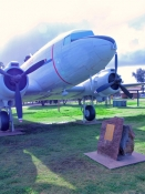 west-wyalong;west-wyalong-plane-park;west-wyalong-douglas-dc3-plane;douglas-dc3-dakota;airplane-on-display;airplane-in-park;new-south-wales;newell-highway;newell-highway-town;steven-david-miller