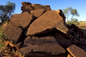 ewaninga;ewaninga-rock-carvings-conservation-reserve;ewaninga-rock-carvings;ewaninga-petroglyphs;petroglyphs;rock-art;aboriginal-rock-art;alice-springs;northern-territory;central-australia;steven-david-miller;natural-wanders