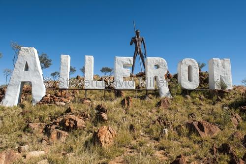 aileron roadhouse;aileron;stuart highway roadhouse;stuart highway;aboriginal sculpture;australiana;northern territory;australian outback;roadhouse