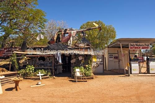 daly waters pub picture;daly waters pub;daly waters;outback pub;australian pub;northern territory pub;stuart highway;australiana;northern territory;australian outback