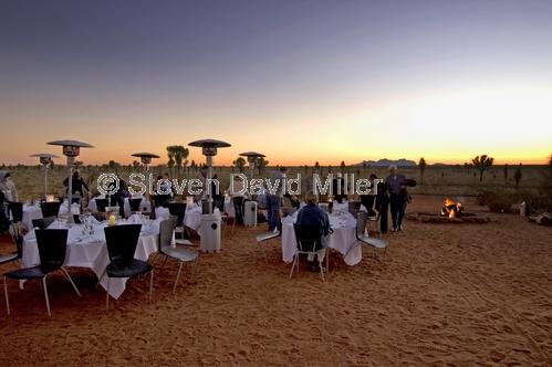 sounds of silence dinner;yulara sounds of silence;uluru sunset dinner;outback susnet dinner;ayers rock resort dinner;ayers rock resort sounds of silence dinner