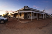 birdsville;birdsville-hotel;birdsville-pub;outback-pub;iconic-australian-pub;birdsville-track;simpso