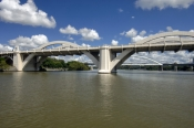 brisbane;queensland-capital-city;australian-city;brisbane-river;william-jolly-bridge