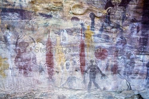 quinkan rock art;aboriginal rock art;split rock;laura;cape york;north queensland;aboriginal rock art;rock art shelter