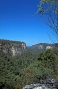 carnarvon-gorge;carnarvon-creek;carnarvon-national-park;boolimba-bluff;queensland-national-park;australian-national-park;carnarvon-gorge-walk