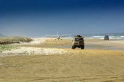 fraser-island;fraser-island-beach;seventy-five-mile-beach;fraser-island-national-park;great-sandy-national-park;fraser-island-4wd;4wd-fraser-island;plane-on-beach;plane-on-beach-fraser-island;queensland-national-park;australian-national-part