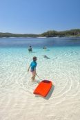 lake-mckenzie;fraser-island;fraser-island-lake;blue-lake;clear-lake;fraser-island-national-park;great-sandy-national-park;queensland-national-park;australian-national-part;sand-island