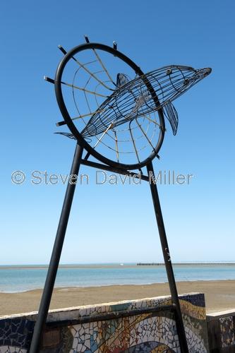 hervey bay;dolphin sculpture;great sandy marine park;queensland;great sandy strait;hervey bay foreshore