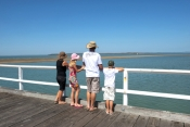 hervey-bay;hervey-bay-jetty;hervey-bay-pier;great-sandy-marine-park;people-on-hervey-bay-pier