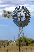 longreach;windmill;water-pump;southern-cross-water-pump;australian-stockmans-hall-of-fame;stockmans-