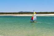 noosa-heads;noosa-river;noosa;sunshine-coast;queensland-coast;noosa-spit-recreation-reserve;noosa-heads-sailboat