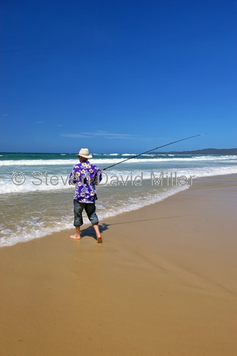 flinders beach;stradbroke island;north stradbroke island;straddie;beach fishing;surf fishing;fishing on beach;man fishing;beach;queensland island