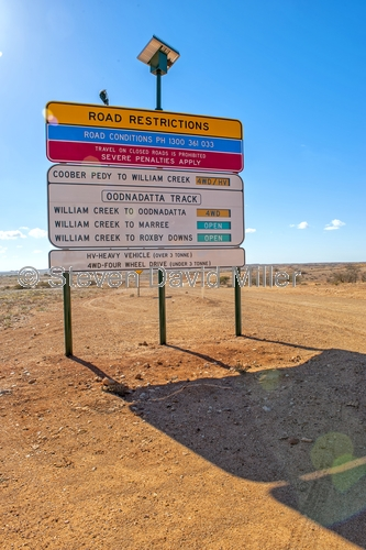 coober pedy;coober pedy picture;oodnadatta track;4wd on track;4wd on oodnadatta track;outback;australian outback;outback warning sign;oodnadatta warning sign;4wd track warning sign;south australia;stuart highway town