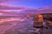 the-twelve-aplostles;twelve-apostles;12-apostles;port-campbell-national-park;great-ocean-road;great-ocean-road-coastline;great-ocean-road-scenery;victorian-scenic-drive;australian-scenic-drive;victoria;victorian-attractions