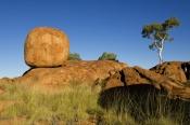 devils-marbles;devils-marbles-conservation-reserve;sandstone-structures;sandstone;northern-territory