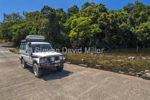 bloomfield river;bloomfield track;wujul wujul;4wd on bloomfield track;4wd;4WD;bloomfield track 4wd