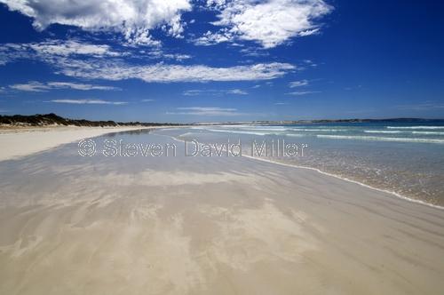sensation beach;beach;beautiful beach;australian beach;coffin bay national park;south australian national park;australian national park