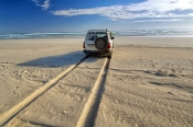 gunyah-beach;coffin-bay-national-park;south-australian-national-park;australian-national-park;4WD-on