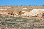 coober-pedy;coober-pedy-picture;coober-pedy-mine;coober-pedy-landscape;opal-mining-town;opal-mining-