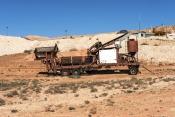 coober-pedy;coober-pedy-picture;coober-pedy-mining-truck;coober-pedy-mining-machinery;opal-mining-to