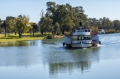 murray-river;mildura;the-murray;the-mighty-murray;victoria-new-south-wales-border;the-rothbury;paddl