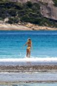 esperance;beach;esperance-beach;the-great-southern;woman-swimming;woman-at-beach;southern-western-au