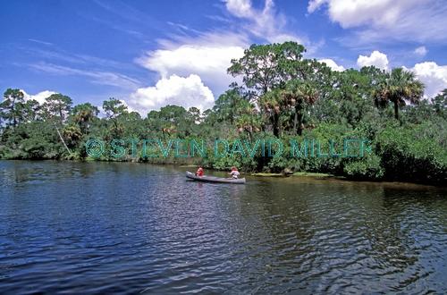 koreshan state historic site;florida state park;southwest florida state park;estero river;estero river canoe;canoe on estero river;canoeing estero river